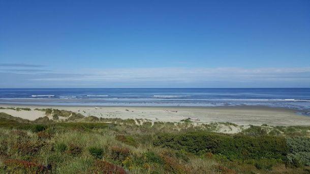 Heceta Beach blue sky